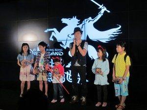 one2free-x-disneyland-party-child