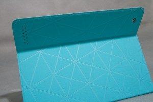 logitech-solar-keyboard-folio-cover-around